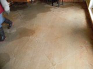 restaurant floor cleaning
